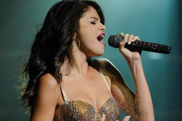 Selena Gomez  hará un nuevo disco