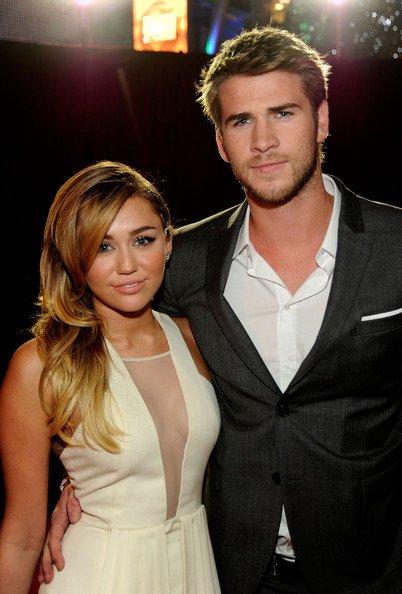 ¡Miley Cyrus y Liam Hemsworth comprometidos!
