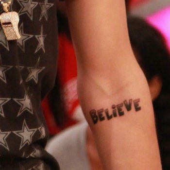 Justin Bieber VEVO interview + nuevo tattoo