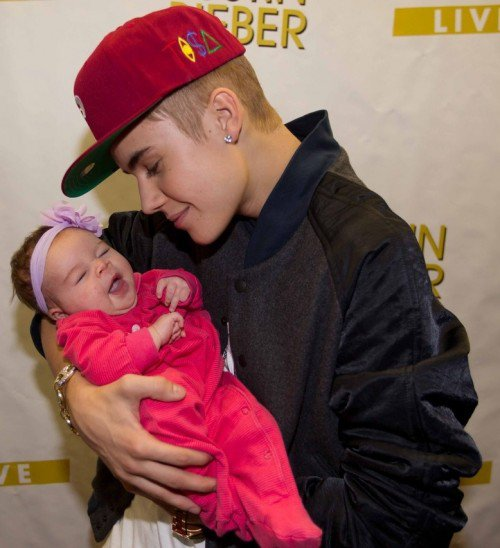 Justin Bieber: Meet and Great con un bebe