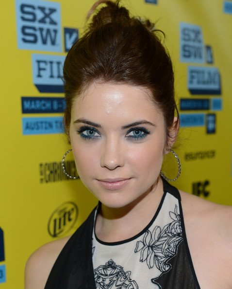 Ashley Benson morena
