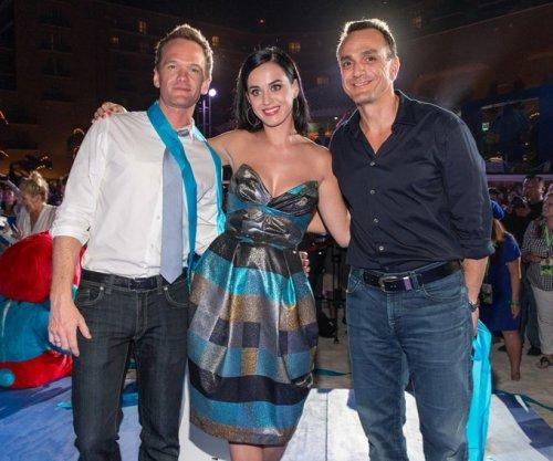 Katy Perry y Los Pitufos + Nuevo Album