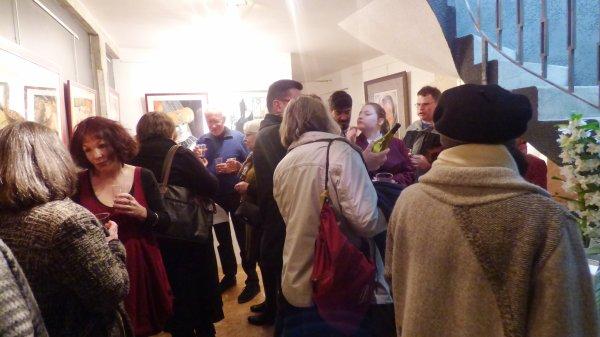 vernissage de l'expo de loulou à auch, un public nombreux et vraiment passionné par le pastel qu'il ont découvert, de nombreux et très bon contact!!