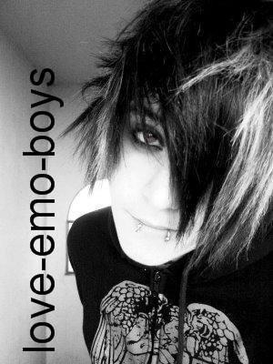 Les emo boy sont les plus beau