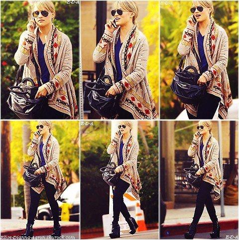 Le 11 janvier 2012, Dianna a été photographiée allant déjeuner au téléphone, dans les rues de West Hollywood. Elle était ravissante, comme d'habitude, un nouveau style de chaussures, mais ça lui va bien, et ça ne choque pas. J'ai un vrai coup de coeur pour son gilet jacquard! Tout est bien accordé, pour moi c'est un Top! Et pour vous, Top ou Flop ?
