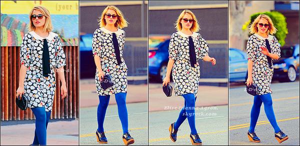 19 Février 2012 :  Dianna retrouvait Carey Mulligan pour déjeuner. Côté tenue, on s'habitue à la robe, mais les chaussures ne suivent tout simplement pas... Top ou Flop ?