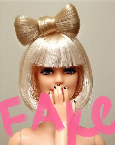 Pour mon Ami Pierre, piraté par Barbie ! LOL