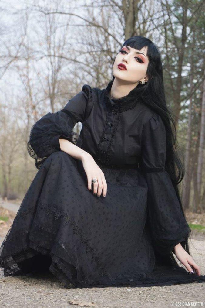 Obsidian Kerttu : modèle goth