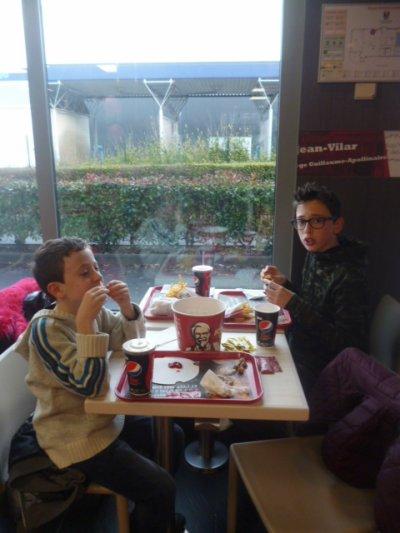 Le KFC prévu au programme de ces vacances festives : validé !