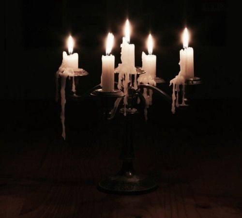 A la lueur des bougies