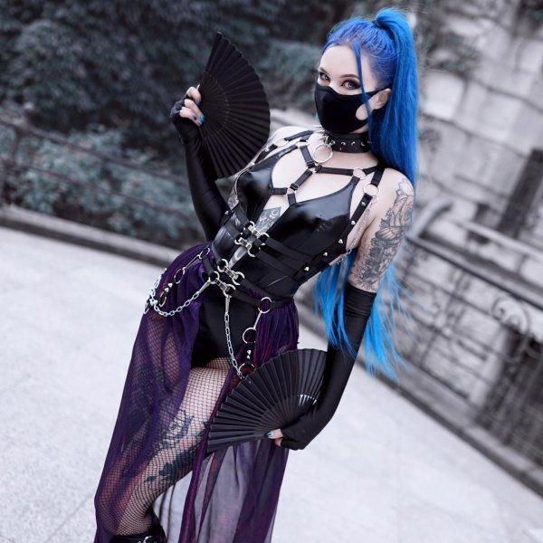 Goths à l'éventail