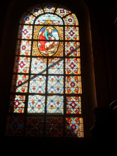 Intérieur de la Cathédrale Saint-Louis à Versailles, actuellement en réfection