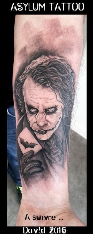 ASYLUM TATTOO POITIERS | Tattoo Le Joker