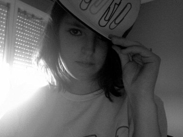 Yeah! Casquette et Tee-Shirt SHINee! ♥♥♥  I'M A SHAW♥L !