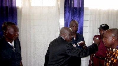 Bimi Ombale : La sainte colère de Jossart et les témoignages de Manuaku Waku, Papa Wemba, Marie Misamu…