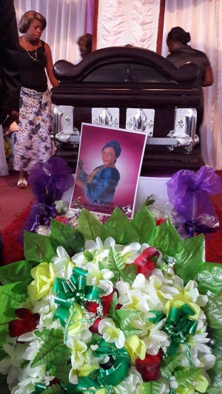 """Les images des obsèques de Jacquie Lewuma """"Bebeto""""."""