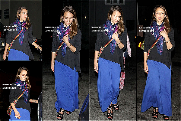 . 19/05/12 : Jess' a été reperé dans Beverly Hills faisant quelques courses avec sa famille à Los Angeles.  .
