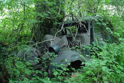 les véhicules laissé a l'abandon, ( 2ème partie )