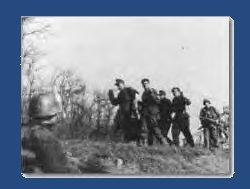 Des prisonniers Allemands à Mertzwiller,  capturés par le 142ème régiment de la 36ème division d'infanterie américaine