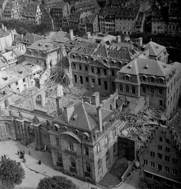 1944.08.11-Palais-Rohan