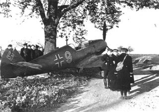 Messerschmitt 109 posé en catastrophe dans les champs de Geudertheim