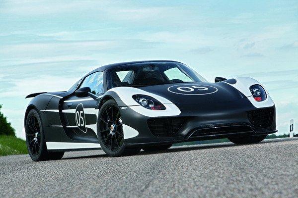 Dévoilement officiel de la Porsche 918 par Porsche