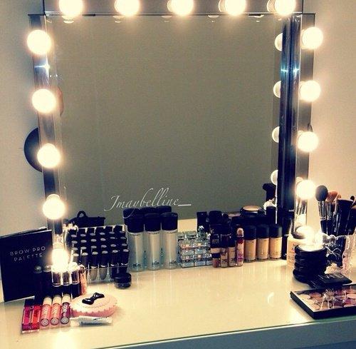 Make Up !!!!!!!
