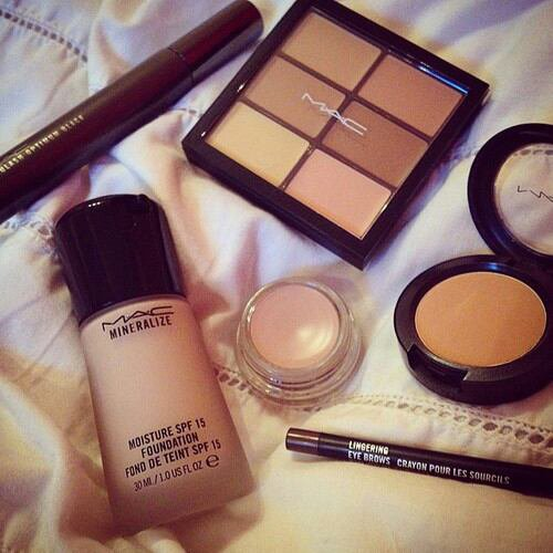 Make Up Du Jour ♡♥♡