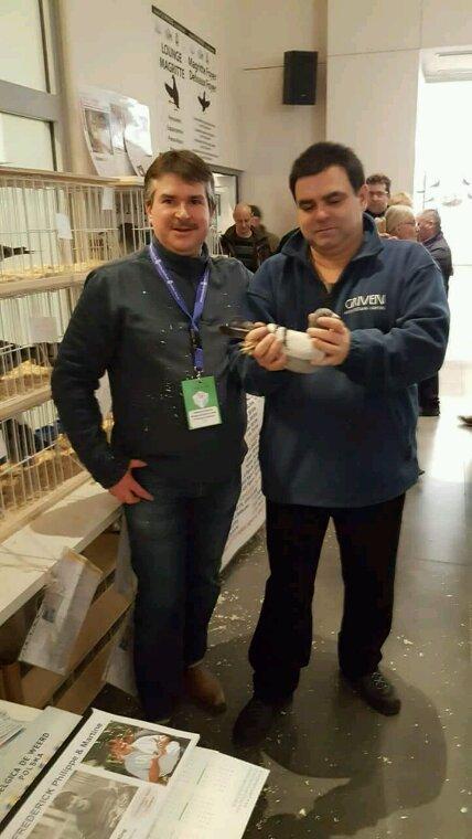 Médaille d'or au olympiade avec un pigeon de mon grand ami Frederick Philippe de Lens en Belgique