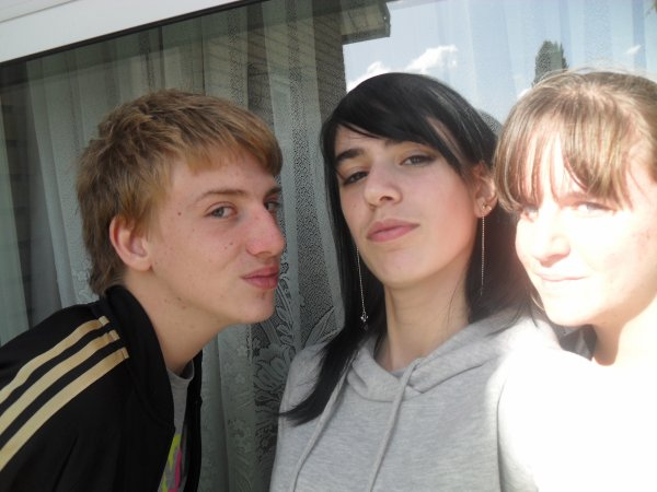 Clément , Synthia , moi !
