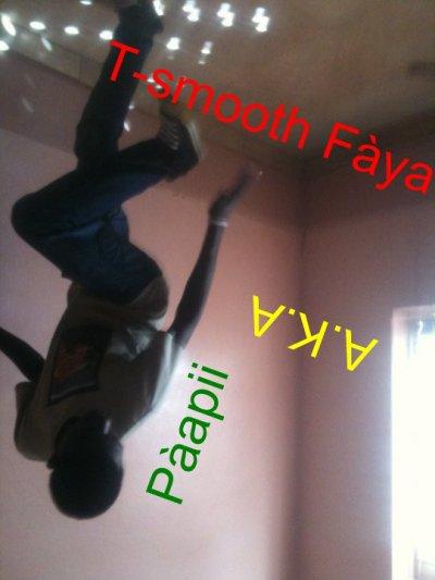 T-smooth faya  é dns la plassss
