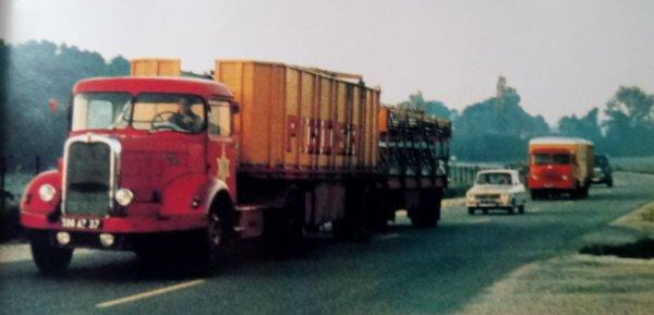 Le cirque arrive ... Les convois routiers en route à travers les nationales et départementales...