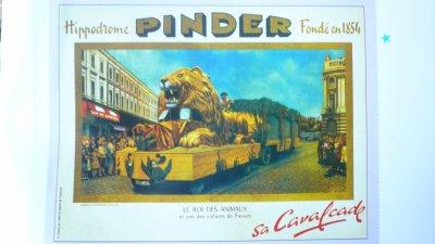 Le char de légende du Cirque Pinder Le Lion.