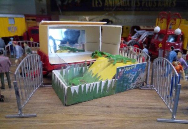 Mon bricolage de la voiture cage des crocodiles ...
