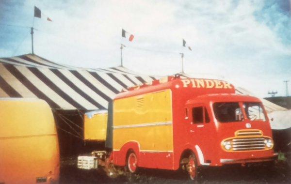 La réserve itinérante, Le  camion SIMCA F59W