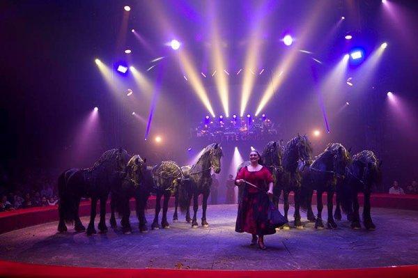 2017 ce sera encore avec le Cirque Arlette Gruss et c'est tant mieux !