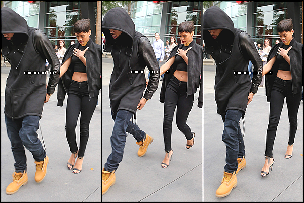 .Candids. : 25.12.2012 : Elle a été aperçue en compagnie de Chris Brown au Staples Center de Los Angeles, où ils assistaient à un match de basket opposant les Lakers de Los Angeles aux Knicks de New York.