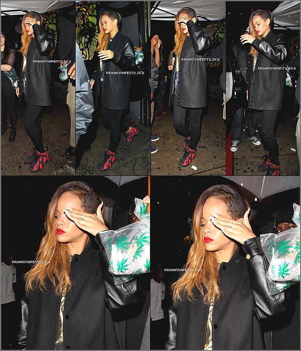 .Candids. : 23.01.2013 : Rihanna a été aperçue quittant le club Hype à Los Angeles. De plus, Rihanna a posté sur son instagram  des photos de la répétition du Diamond World Tour (les deux dernières photos).