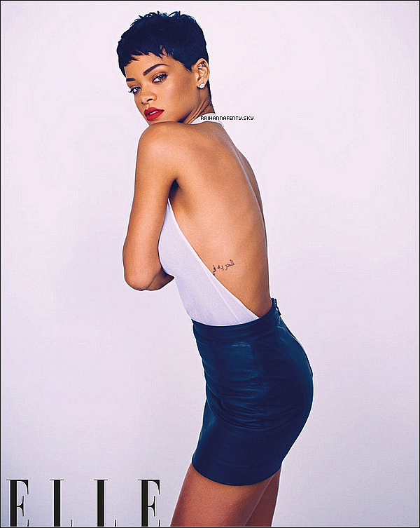Candids : 17.02.2013 : Rihanna a été aperçue quittant son hôtel à Londres en après-midi. De plus, Rihanna fera la couverture du magasine Elle UK en avril prochain. Il a une vidéo des coulisses du photoshoot disponible.