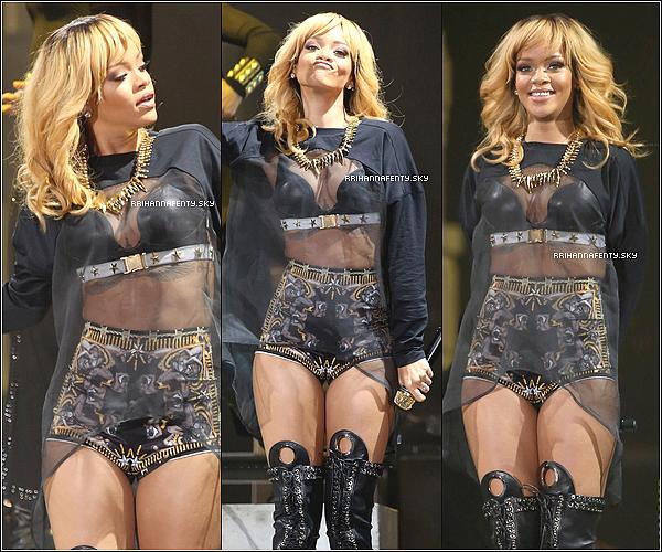 13.06.2013 : Rihanna été vue sortant de son hôtel et se dirigeant vers la Manchester Arena.
