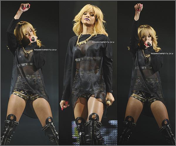 02.06.2013 & 03.06.2013 : Rihanna est arrivée en France dans le cadre de sa tournée. Une vidéo de sa performance de Diamonds au concert à Lyon le 3 juin est disponible.