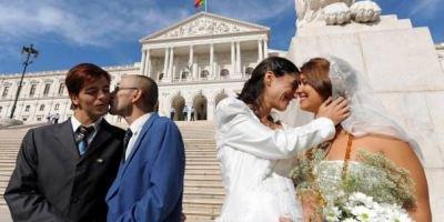 ♀ + ♀ = ♥ Le mariage pour tous ♂ + ♂ = ♥