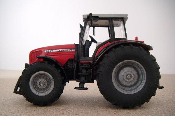 Massey 8280 XTRA
