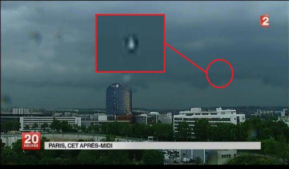 Un OVNI filmé au-dessus de Paris le 19 juin 2013
