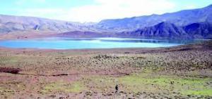 Météorite : un double cratère d'impact découvert au Maroc