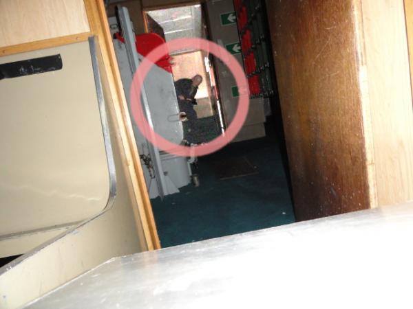 Un fantôme photographié dans un navire désaffecté