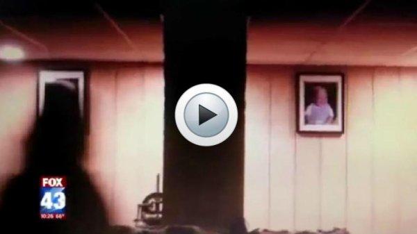 Des journalistes attaqués dans une maison hantée !