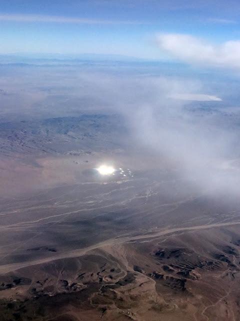 Un OVNI brillant photographié près de la Zone 51