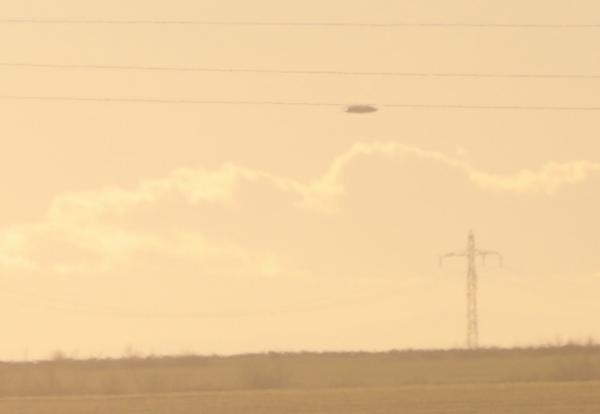 Bulgarie : 2 avions militaires poursuivent un OVNI