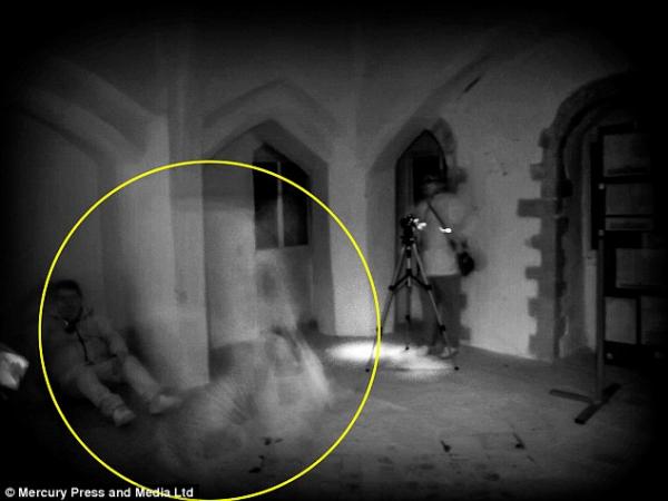 Le fantôme d'Isabelle de France récemment photographié ?